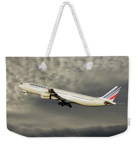 Air France Airbus A340-313 116 Weekender Tote Bag