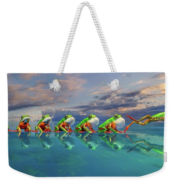 Amazon Tree Frog The Vocal Jumper Weekender Tote Bag