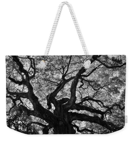 Angel Oak Johns Island Black And White Weekender Tote Bag