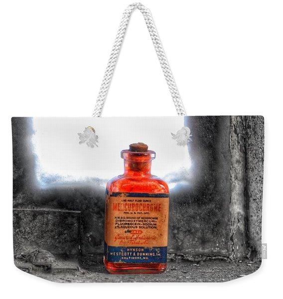 Antique Mercurochrome Hynson Westcott And Dunning Inc. Medicine Bottle - Maryland Glass Corporation Weekender Tote Bag