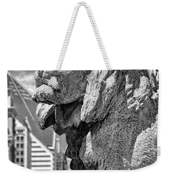 Art Institute In Chicago Lion Black And White Weekender Tote Bag