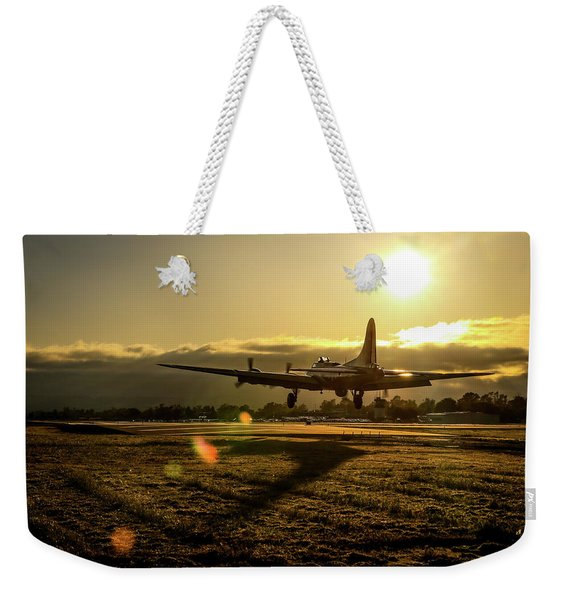 B17 Landing At Livermore Weekender Tote Bag