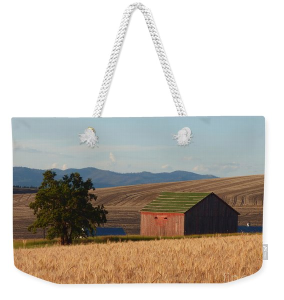 Barn And Wheat Weekender Tote Bag