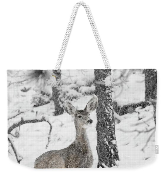 Black And White Mule Deer In Heavy Snowfall Weekender Tote Bag