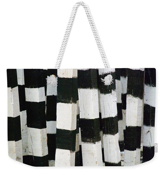 Blanco Y Negro Weekender Tote Bag