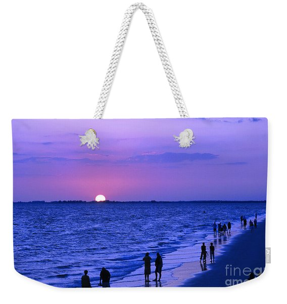 Blue Sunset On The Gulf Of Mexico At Fort Myers Beach In Florida Weekender Tote Bag