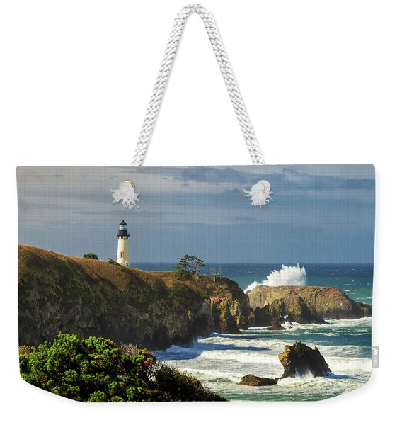 Breaking Waves At Yaquina Head Lighthouse Weekender Tote Bag
