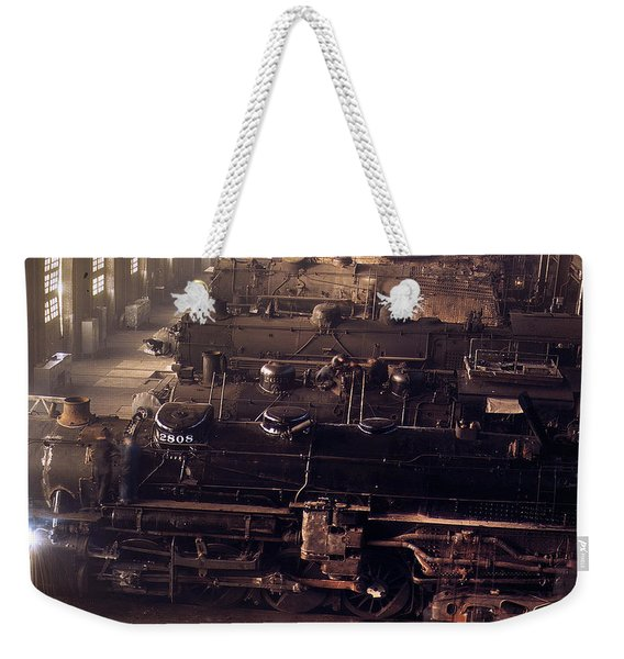 Chicago And North Western Railroad Locomotive Shops At Chicago Weekender Tote Bag