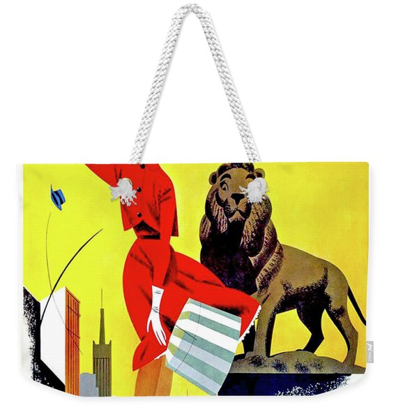 Chicago, Lion, Shopping Woman Weekender Tote Bag