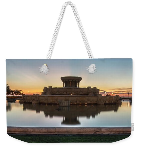Chicago's Buckingham Fountain At Dawn  Weekender Tote Bag