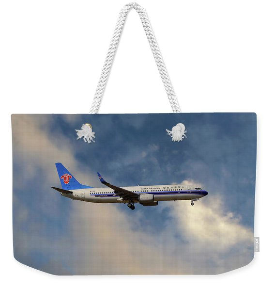 China Southern Airlines Boeing 737-81q Weekender Tote Bag