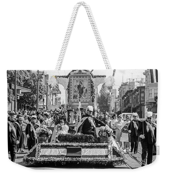 Weekender Tote Bag featuring the photograph Columbus Day Parade San Francisco by Frank DiMarco