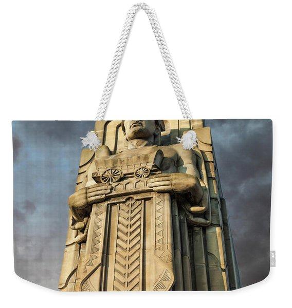 Covered Wagon Guardian On Hope Memorial Bridge Weekender Tote Bag