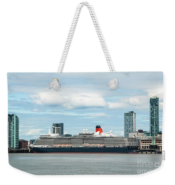 Cunard's Queen Elizabeth At Liverpool Weekender Tote Bag