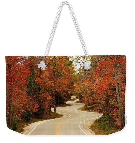 Curvy Fall Weekender Tote Bag