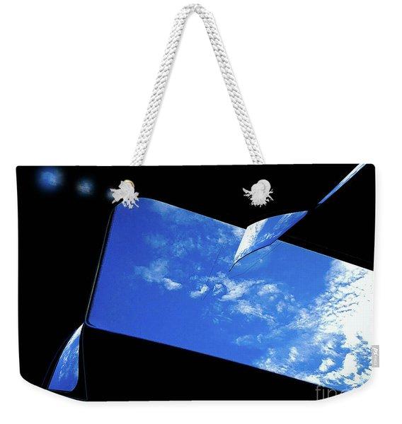 Dancing Air Weekender Tote Bag