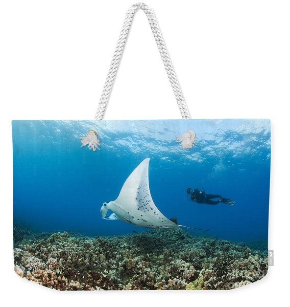 Diving With Manta Ray Weekender Tote Bag