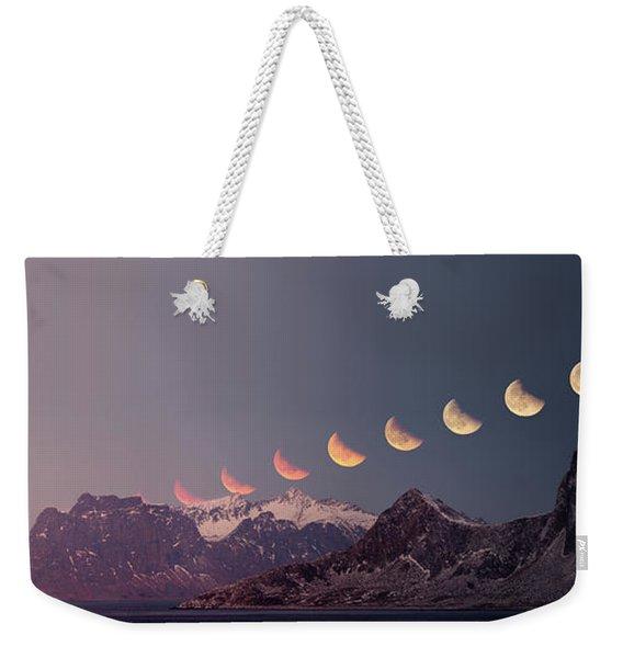 Eclipse Panorama Weekender Tote Bag