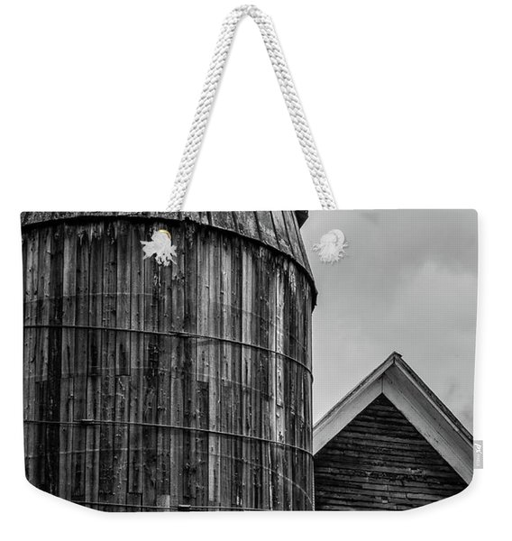 Ely Vermont Old Wooden Silo And Barn Black And White Weekender Tote Bag