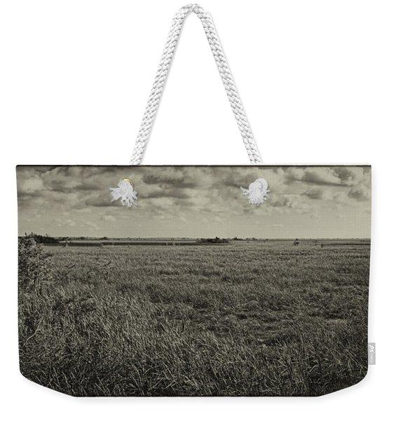 Everglades Pahayokee Overlook Bw Weekender Tote Bag