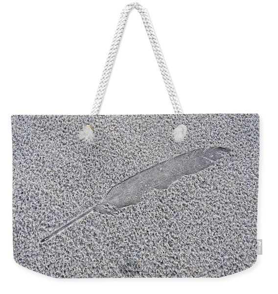 Feather Impression Weekender Tote Bag