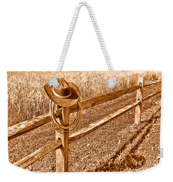Forgetting Texas - Sepia Weekender Tote Bag