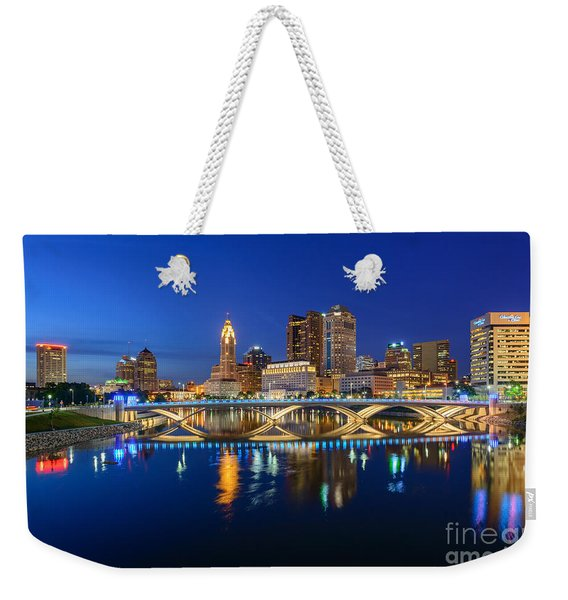Fx2l531 Columbus Ohio Skyline Photo Weekender Tote Bag