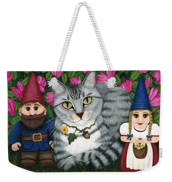 Garden Friends - Tabby Cat And Gnomes Weekender Tote Bag