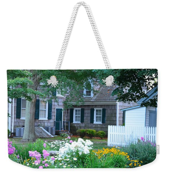 Weekender Tote Bag featuring the photograph Gardens At The Burton-ingram House - Lewes Delaware by Kim Bemis