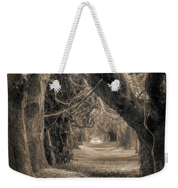 Gateway Through An Avenue Of Live Oaks Weekender Tote Bag