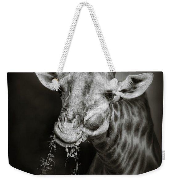 Giraffe Eating Weekender Tote Bag