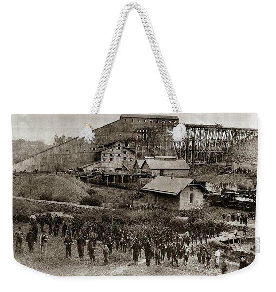 Glen Lyon Pa Susquehanna Coal Co Breaker Late 1800s Weekender Tote Bag