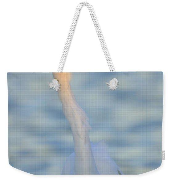 Great Egret In Waves Weekender Tote Bag