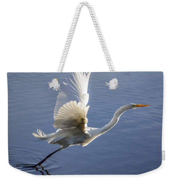 Great Egret Taking Flight Weekender Tote Bag