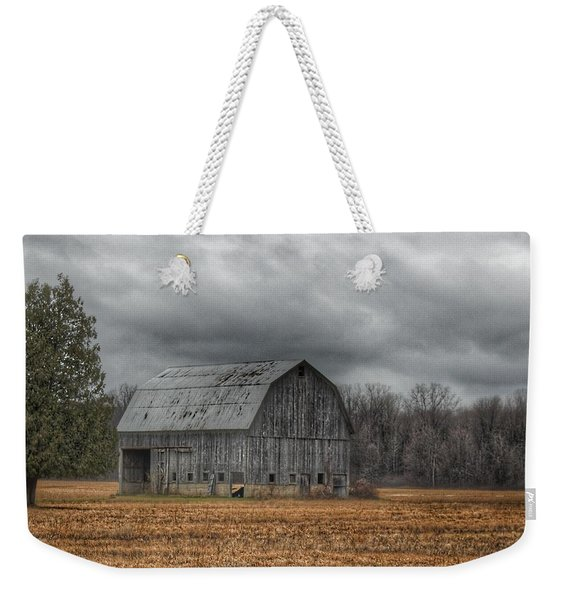0024 - Grey Barn And Tree Weekender Tote Bag