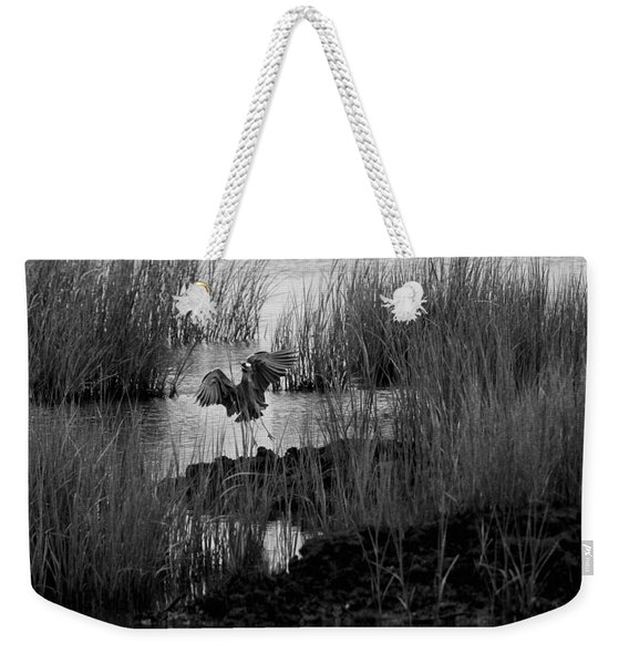 Weekender Tote Bag featuring the photograph Heron And Grass In B/w by William Selander