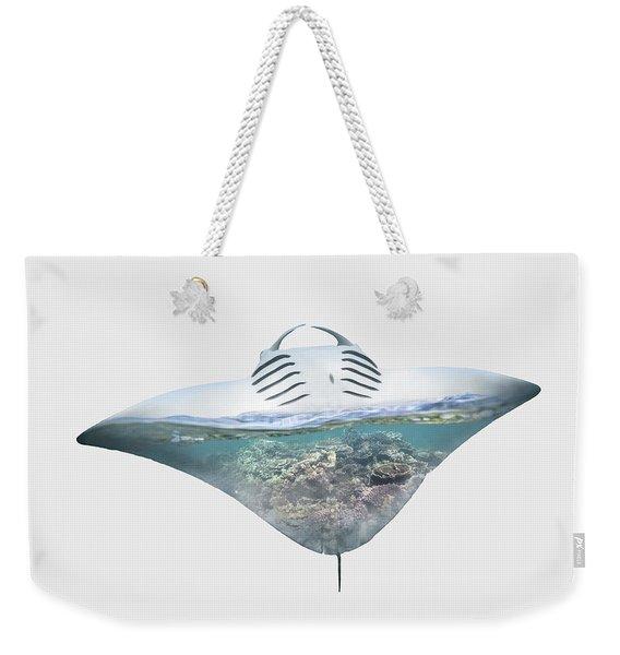Home IIi - Manta Ray, Coral Bay Weekender Tote Bag