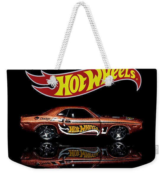 Hot Wheels '70 Dodge Challenger Weekender Tote Bag