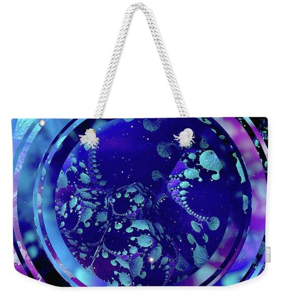 Hubble 3014 Weekender Tote Bag