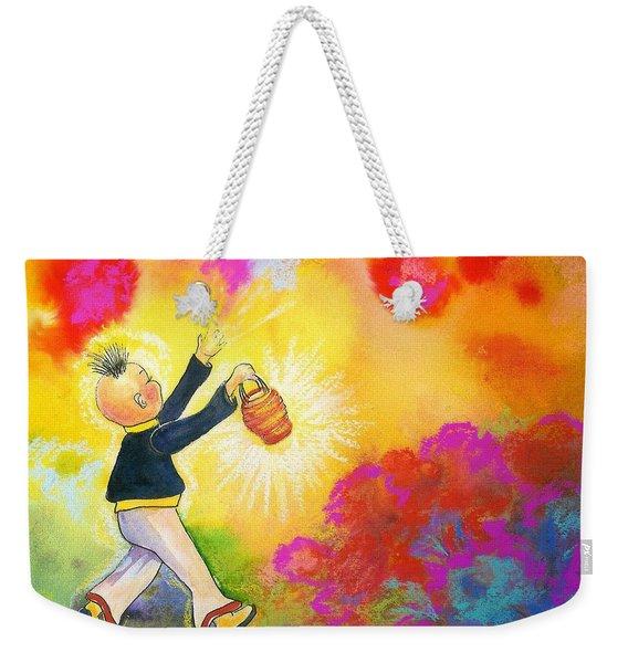 Hum Spreading Chi Weekender Tote Bag