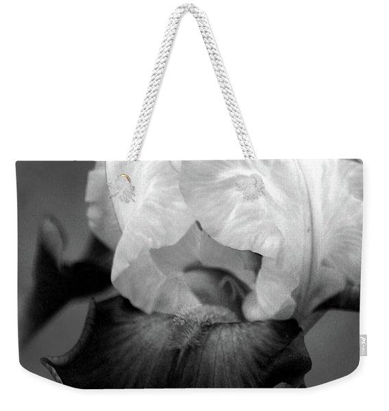 Iris 6621 H_5 Weekender Tote Bag