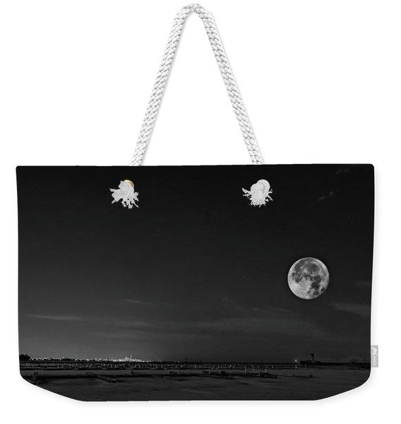 Lake Ontario Shoreline - A Winter Night 2 Bw Weekender Tote Bag