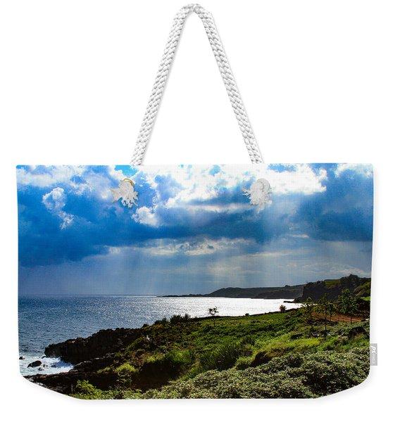 Light Streams On Kauai Weekender Tote Bag