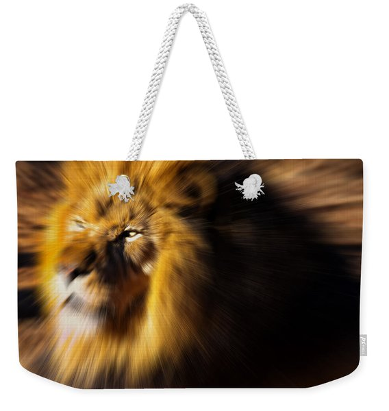 Lion The King Is Comming Weekender Tote Bag