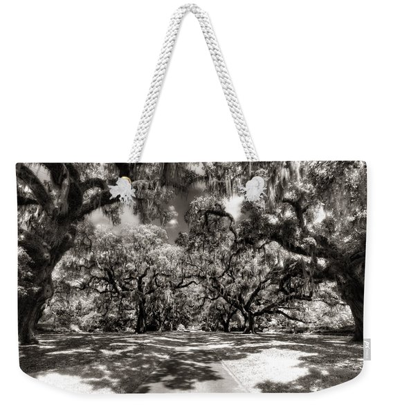 Live Oak Allee Infrared Weekender Tote Bag