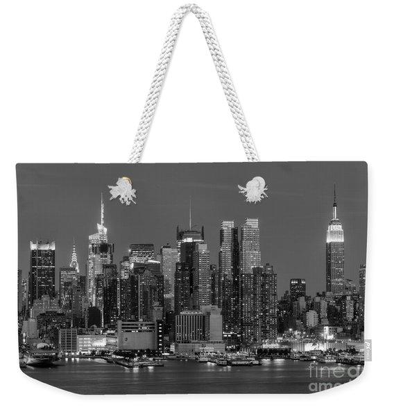 Manhattan Twilight Iv Weekender Tote Bag