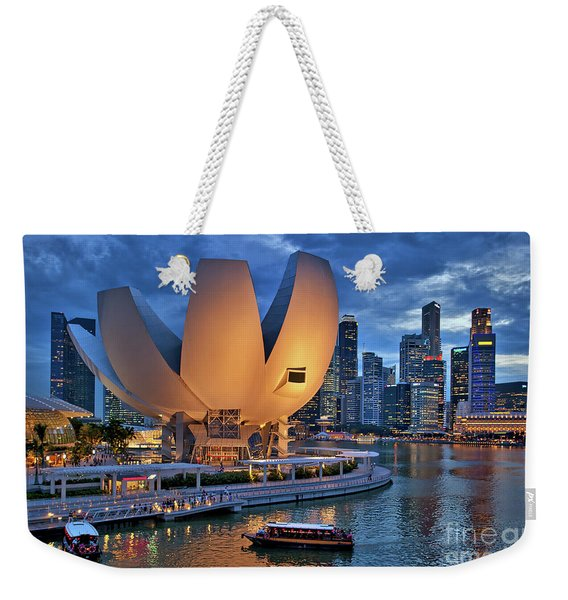 Weekender Tote Bag featuring the photograph Marina Bay Sands Resort With The Singapore Skyline by Sam Antonio Photography