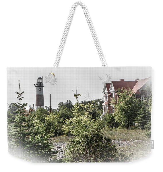 Middle Island Lighthouse And Keeper's Lodge Weekender Tote Bag
