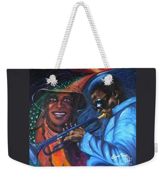 Blaa Kattproduksjoner            Miles Davis - Smiling Weekender Tote Bag
