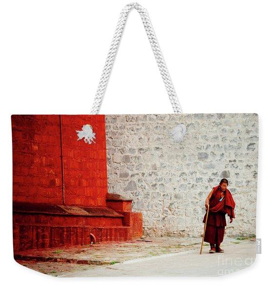 Monk In Tashilhunpo Monastery Shigatse Tibet Yantra.lv Weekender Tote Bag